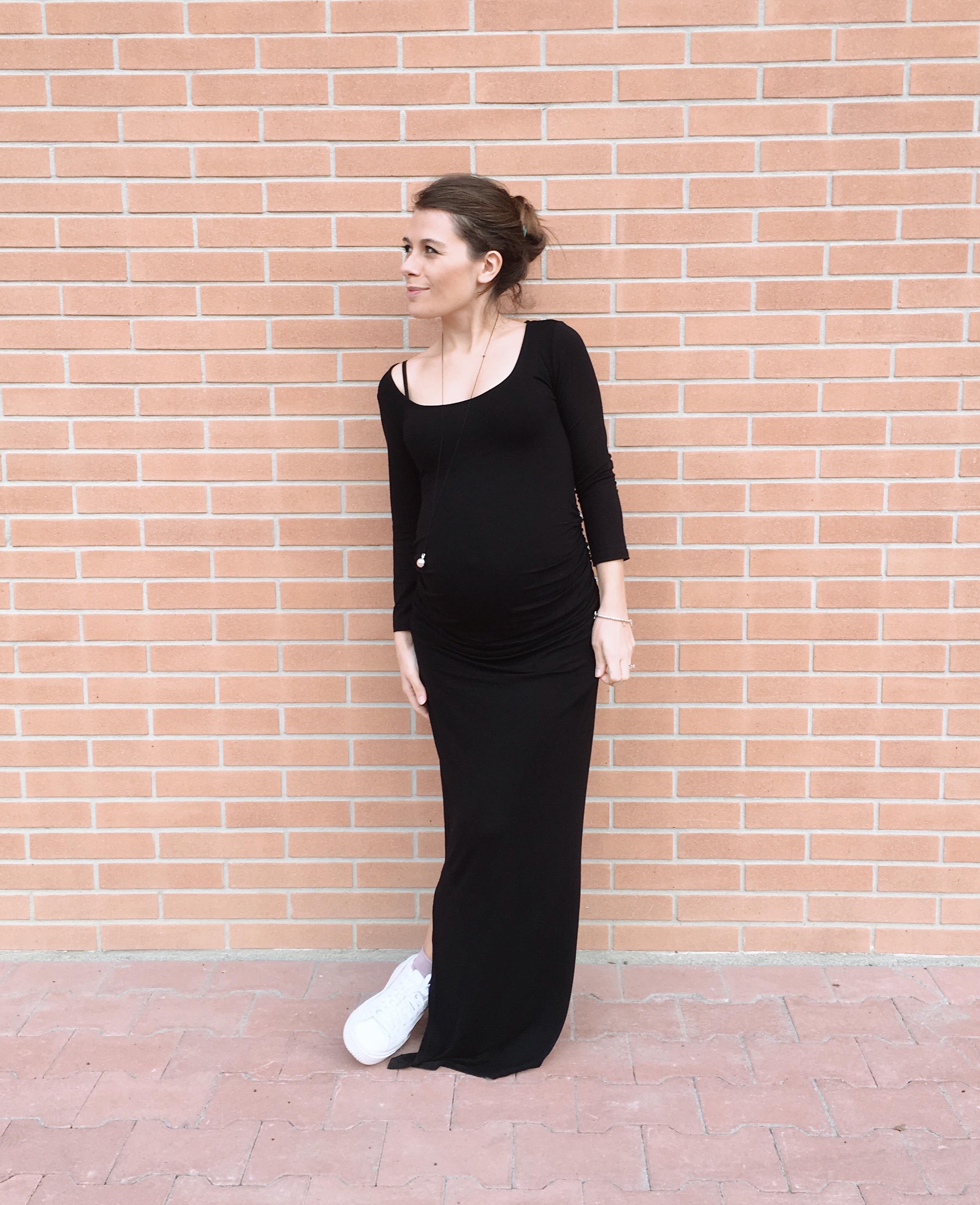 bd5111e6fa88 Quali vestiti premaman comprare per indossare in gravidanza