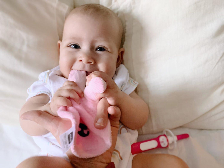 Bimbi e igiene orale: quando iniziare a lavare i dentini?